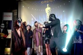 CREST AN EVENING AT THE OSCARS